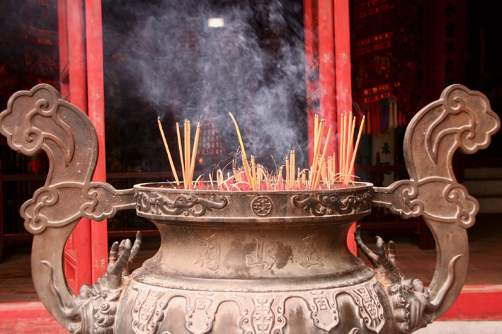 Hungry Ghost Month Incense burning_Feng Shui Blog by Feng SHui Focus